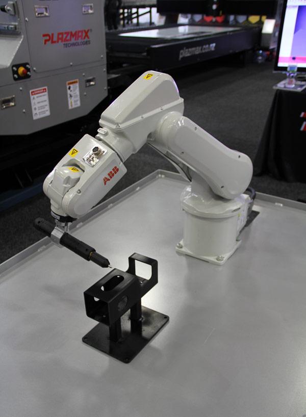 Plazmax New Zealand Robotic Welding Solution